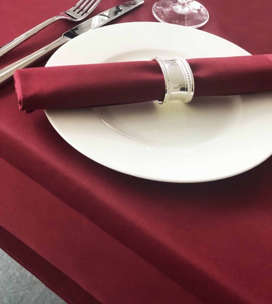 Gastronomy tablecloth, bordeaux, with satin band 160x160