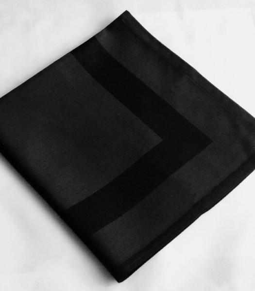 Gastro-Stoffserviette schwarz, mit Atlasstreifen 50x50cm