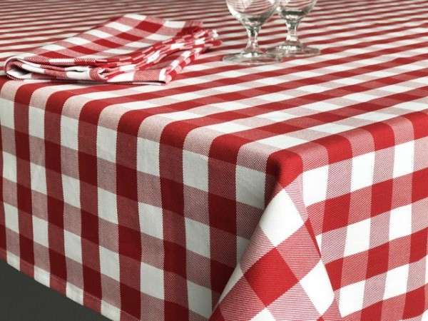 Gastronomy table topper red and white checkered, 80x80