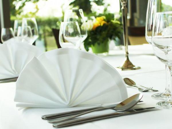 Gastronomie-Serviette weiß, mit Atlaskante 50x50cm